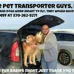 Photo taken at Yuppies Puppies Pet Grooming by www.thepettransporterguys.com on 2/13/2014