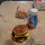 Photo taken at McDonald's by Jannx B. on 3/21/2013