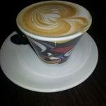 Photo taken at Saquella Espresso Club by Ricardo F. on 5/31/2013
