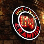 Photo taken at Hot N Juicy Crawfish by Christopher C. on 12/31/2012