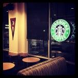 Photo taken at Starbucks by Fernando M. on 4/3/2012