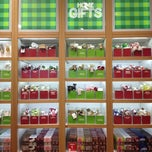 Photo taken at Bath & Body Works by Ant L. on 11/13/2011