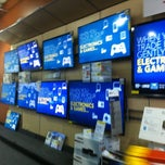 Photo taken at Best Buy by Sir Frederick Anthony W. on 8/10/2012