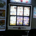 Photo taken at Taco Bell by Matthew B. on 8/19/2012