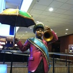 Photo taken at Hilton New Orleans Riverside by Cargo G. on 7/3/2013