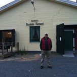Photo taken at Ravintola Ruukin Krouvi by Natalya D. on 9/21/2012