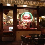 Photo taken at Bette's Oceanview Diner by Hiroshi T. on 12/8/2012