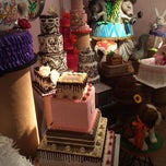 Photo taken at Frosted Art Bakery & Studio by Fargie . on 4/19/2014