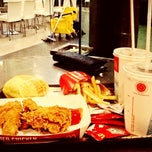 Photo taken at McDonald's by Chelly ✌. on 7/16/2013