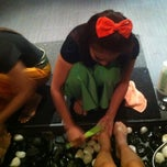 Photo taken at Siam Legend Thai Massage by Angelina L. on 1/30/2013