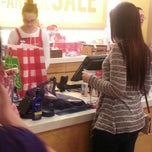 Photo taken at Bath & Body Works by Edixon R. on 12/30/2012