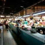 Photo taken at กาดธานินทร์ (Thanin Market) by iamBoy O. on 4/10/2013