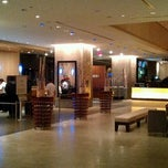 Photo taken at Hilton Toronto by Yut S. on 9/29/2012