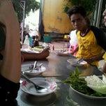 Photo taken at ข้าวต้มอ้วนผอม สาขาราชพฤกษ์ by Soonthorn S. on 6/13/2014
