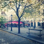 Photo taken at Place du Marché Sainte-Catherine by Emmanuelle V. on 12/2/2012