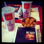 Photo taken at McDonald's by Настасья В. on 9/15/2012