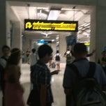 Photo taken at Baggage Claim 5 by Naruedon P. on 10/11/2014