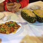 Photo taken at Marina Bay Seafood@Boat Quay by ChunBoon Z. on 12/3/2013