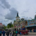 Photo taken at Town Square - Main Street U.S.A by MikaelDorian on 5/18/2013