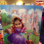 Photo taken at Chuck E. Cheese's by Brenden on 1/2/2015