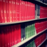 Photo taken at UCI Grunigen Medical Library by Jerrin T. on 8/8/2013