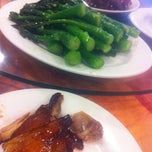 Photo taken at Danny's Wun Tun Restaurant by Yuko H. on 3/31/2013