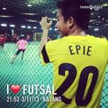 Photo taken at Galaxy Futsal Bangi by ⓐⓟⓡⓔⓓⓝⓞⓢⓔⓓ on 3/11/2013