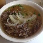Photo taken at Yummy Vietnamese Restaurant  味佳居 by Junko T. on 1/3/2014