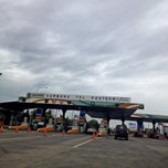 Photo taken at Gerbang Tol Pasteur by Ariesta K. on 6/6/2013