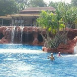 Photo taken at Springfield Village Golf And Spa Cha-Am by Zine S. on 10/16/2014