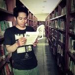 Photo taken at Badan Perpustakaan dan Arsip Provinsi Bali by Litha Hadipratha on 11/17/2013