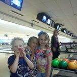 Photo taken at Royal Lanes Bowling Alley by akaCarioca on 12/1/2012