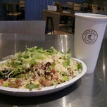 Photo taken at Chipotle Mexican Grill by Rodrigo F. on 4/13/2013