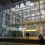 Photo taken at 서울역 (Seoul Station - KTX/Korail) by 은애 노. on 3/30/2013