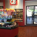 Photo taken at QuikTrip by RenyaDeDulce on 9/28/2012