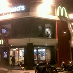 Photo taken at McDonald's by محمد أزلان on 9/15/2011