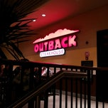 Photo taken at Outback Steakhouse by Anne F. on 7/22/2012