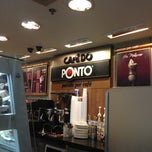 Photo taken at Café do Ponto by Marilena C. on 3/30/2013