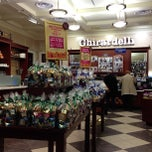 Photo taken at Ghirardelli Ice Cream & Chocolate Shop by Marilena C. on 4/15/2013