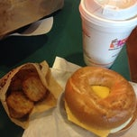 Photo taken at Dunkin' Donuts by Elleen on 1/21/2014