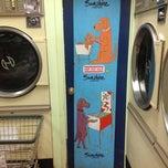 Photo taken at Sunshine Laundry & Pinball Emporium by Gustavo on 8/20/2013