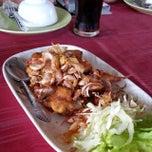 Photo taken at วังปลาหน้าเขื่อน by Tony on 11/6/2014