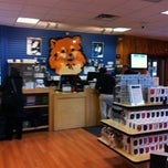 Photo taken at Small Dog Electronics by Pascale S. on 11/8/2012