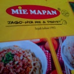 Photo taken at Mie Mapan by Adelya fardany P. on 7/18/2013