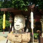 Photo taken at วัดเจ็ดลิน (Wat Chet Lin) by Amysupreeya S. on 5/9/2015