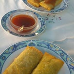 Photo taken at Kineski restoran Kineski zmaj by Tibor on 8/3/2013