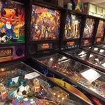 Photo taken at Sunshine Laundry & Pinball Emporium by Tom P. on 10/27/2013