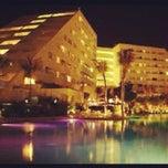 Photo taken at Oasis Palm Beach Resort by Leonardo on 9/22/2012