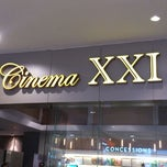 Photo taken at Cinema XXI - Cirebon Super Blok Mall by Maigana L. on 3/10/2013