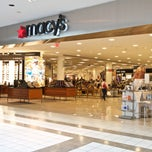 Photo taken at Macy's by Dadeland Mall on 11/21/2013